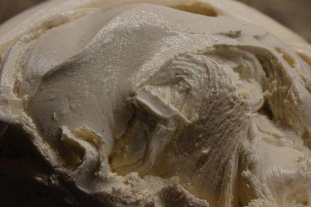 Helado artesano de crema de Puro&Bio elaborado con ingredientes ecológicos