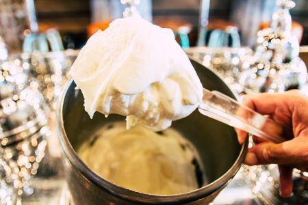 Helado artesano de yogurt para veganos